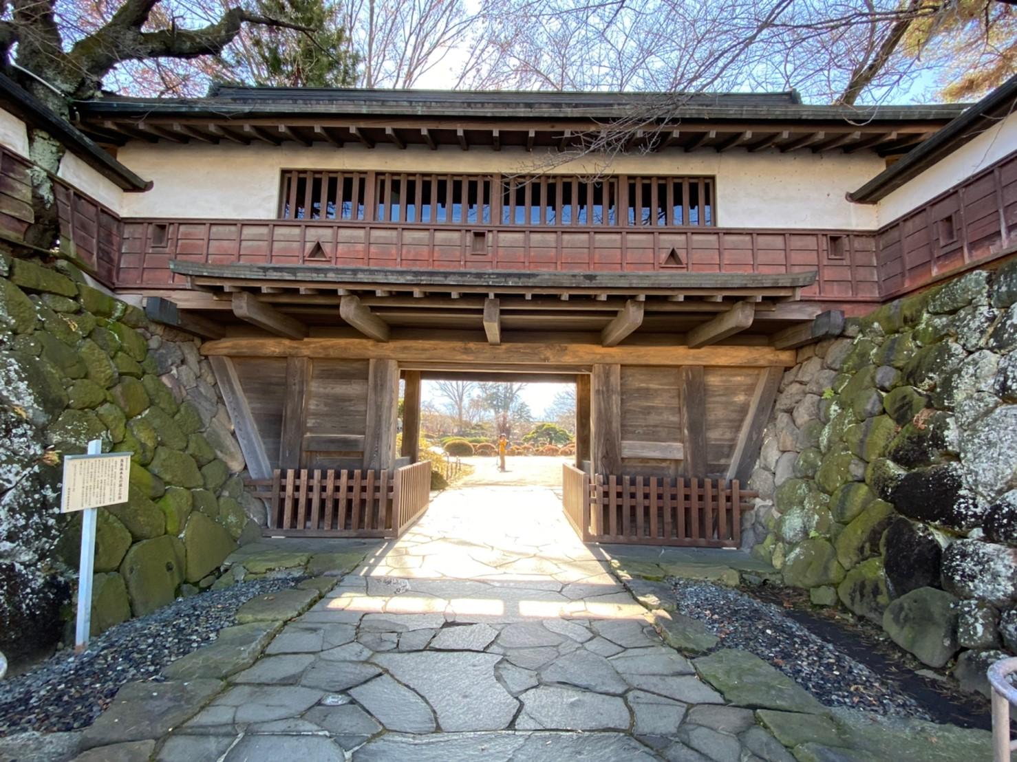 『高島城』を120%楽しむ観光ガイド(写真スポット・アクセス・御朱印・駐車場)を徹底紹介