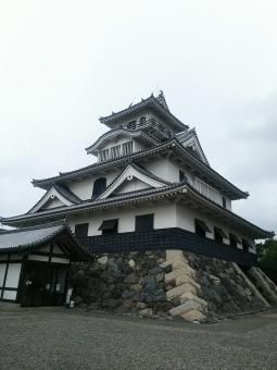 滋賀県『長浜城』を120%楽しむ観光ガイド(写真スポット・アクセス・スタンプ・駐車場)を徹底紹介
