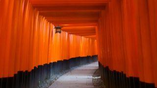 『伏見稲荷大社』を120%楽しむ観光ガイド(写真スポット・アクセス・スタンプ・駐車場)を徹底紹介