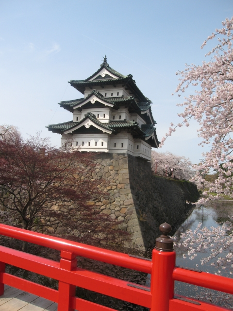 青森県『弘前城』を120%楽しむ観光ガイド(写真スポット・アクセス・スタンプ・駐車場)を徹底紹介