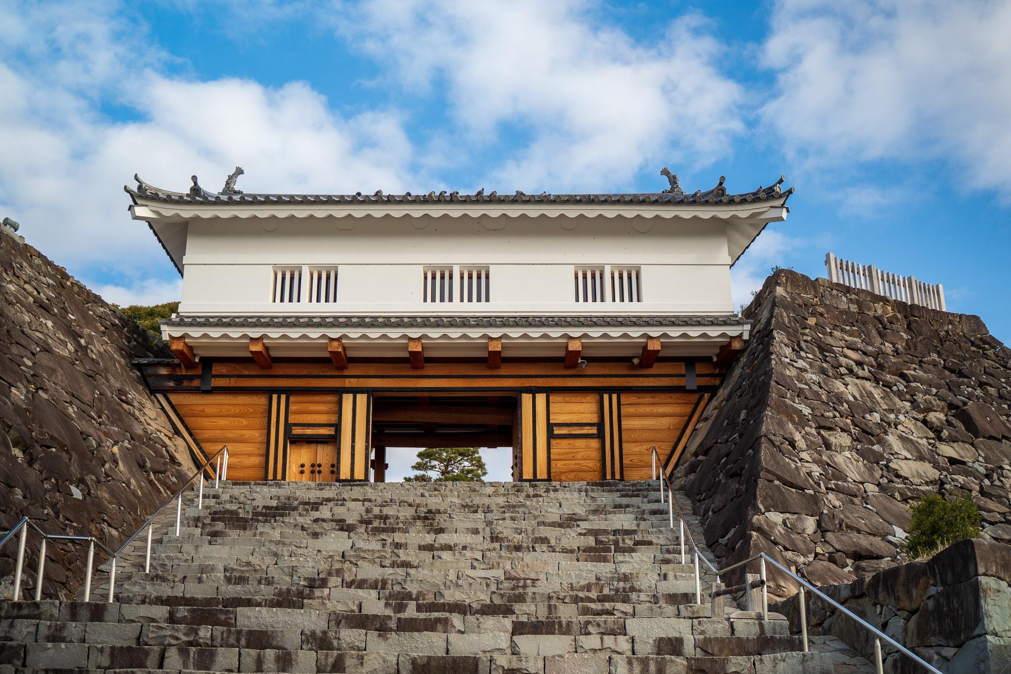 山梨県『甲府城』を120%楽しむ観光ガイド(写真スポット・アクセス・スタンプ・駐車場)を徹底紹介
