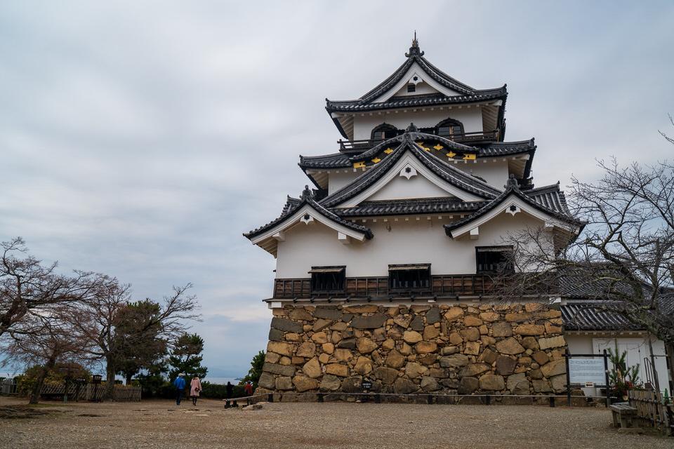 滋賀県『彦根城』を120%楽しむ観光ガイド(写真スポット・アクセス・スタンプ・駐車場)を徹底紹介