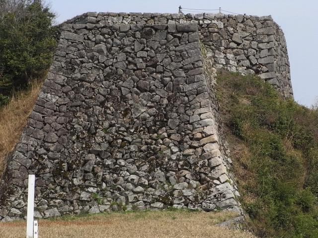 島根県『津和野城』を超満喫する観光ガイド(住所・写真スポット・御城印・駐車場)を徹底紹介